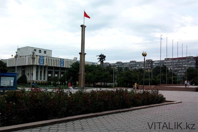 Филармония Бишкек - Бишкек глазами алматинца - Виталий Салахмир