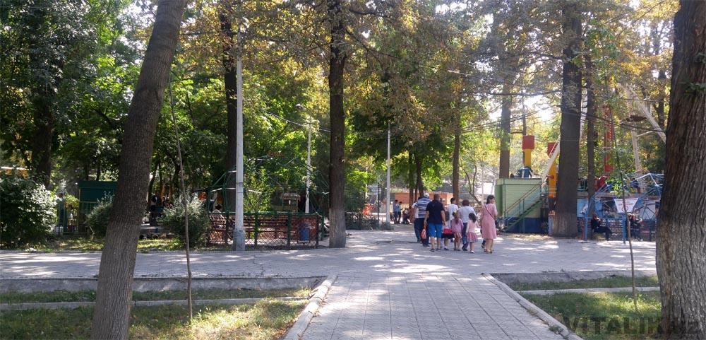 парк панфилова внутри