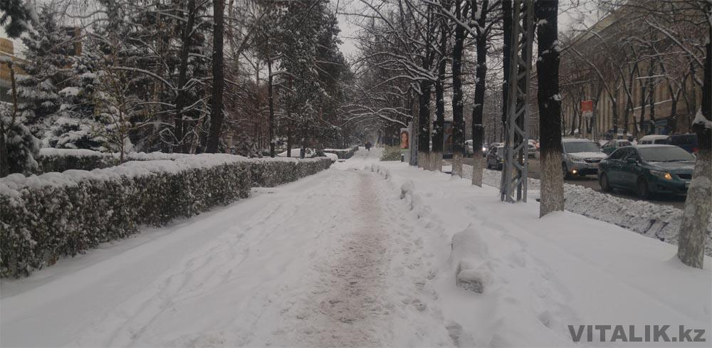 зима в алматы снег
