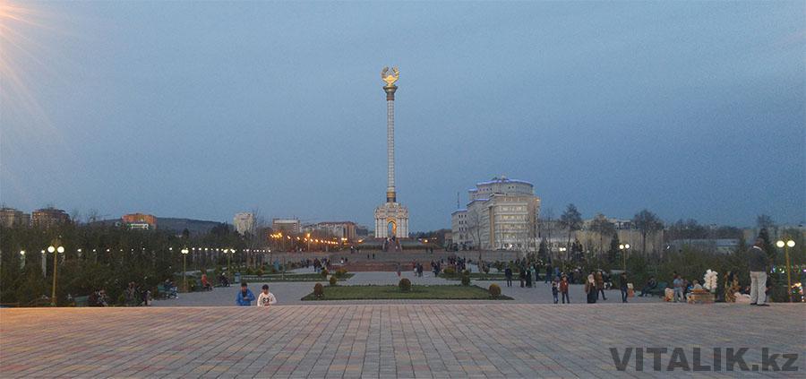 Герб Таджикистана Душанбе