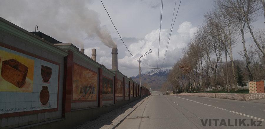 Душанбе заводская труба