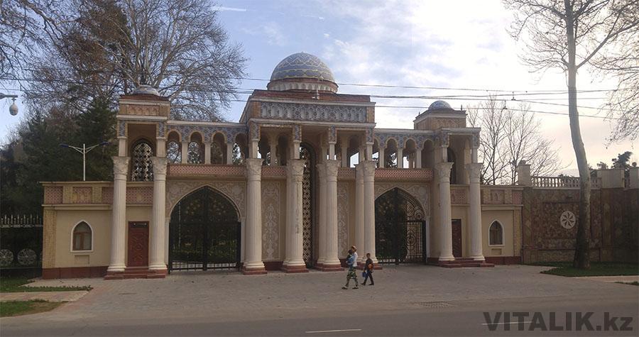 Душанбе проспект Рудаки здание