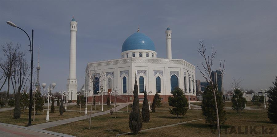 Мечеть Минор вид с набережной