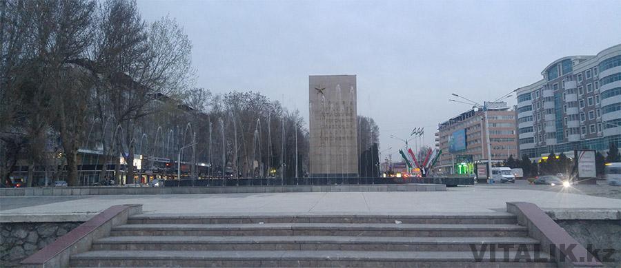 Монумент ВОВ Худжанд