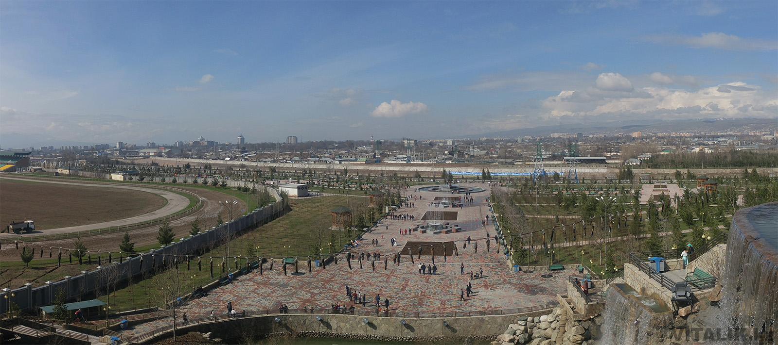 Панорама города Душанбе парк Рудаки