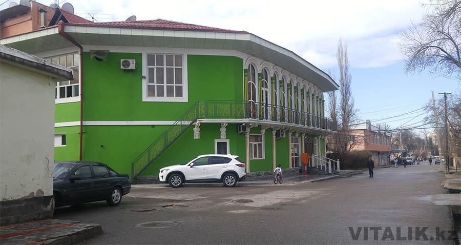 Переулок в центре Душанбе