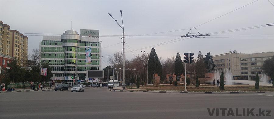 Площадь Айни Душанбе