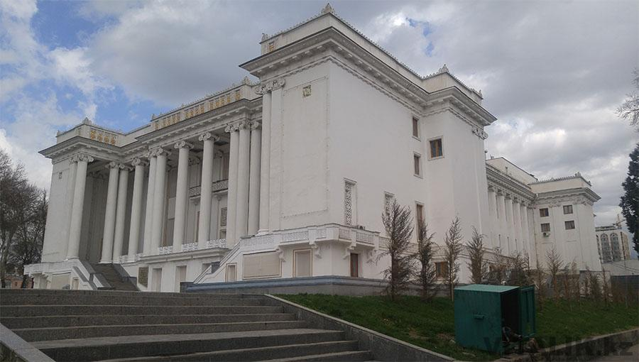 Театр Айни Душанбе Таджикистан