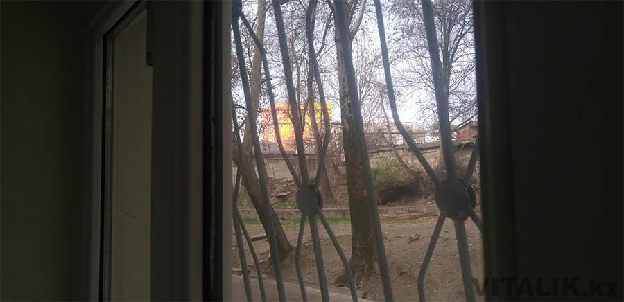 градиентный дом из окон Душанбе