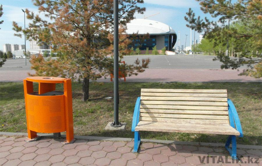 Скамейка Астана Арена