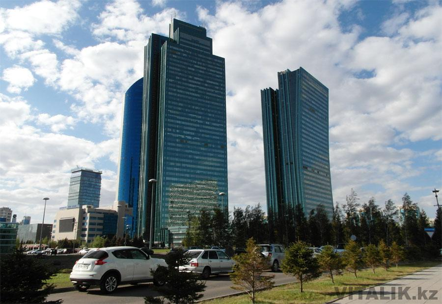 Стеклянные здания Астана