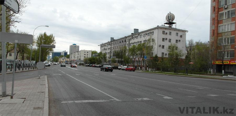 Улица в Астане правый берег