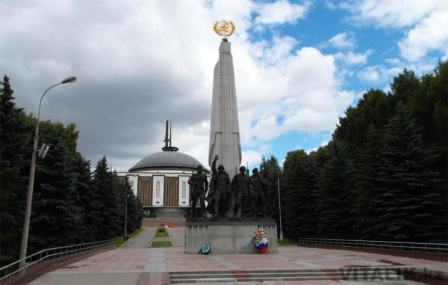 Памятник Странам-участницам антигитлеровской коалиции