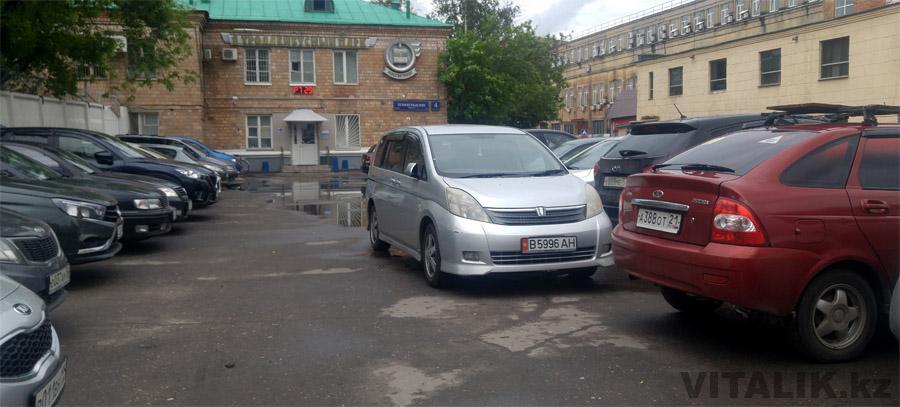 Кыргызская машина в Москве