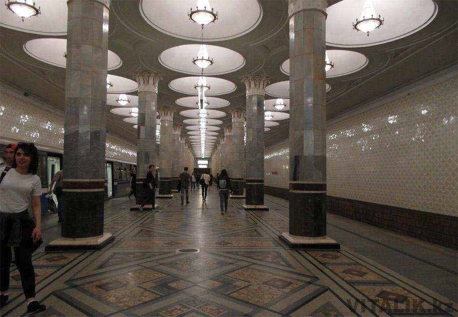 Станция метро Киевская в Москве