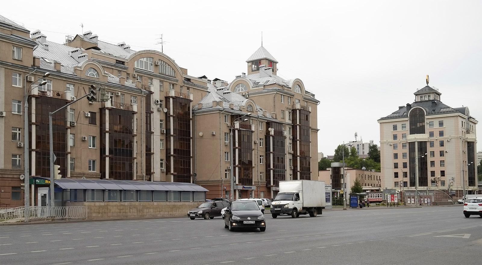 Улица Нурсултана Назарбаева Казань